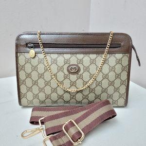 Authentic vintage Gucci GG canvas clutch Bag